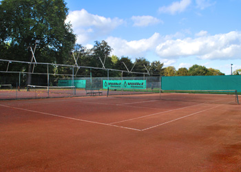 Clay Tennis Courts in Kingston